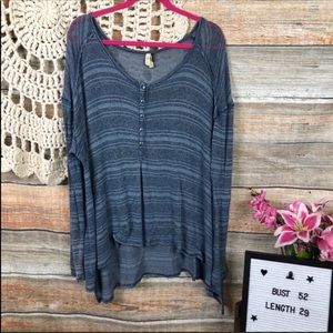 We the Free Blue LG pullover Top Blouse
